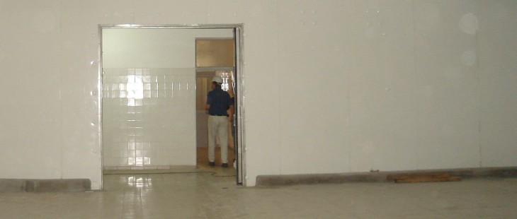 Revestimiento sanitario de prfv pl stico reforzado con fibra de vidrio tecnomateriales - Paneles de fibra de vidrio para paredes ...